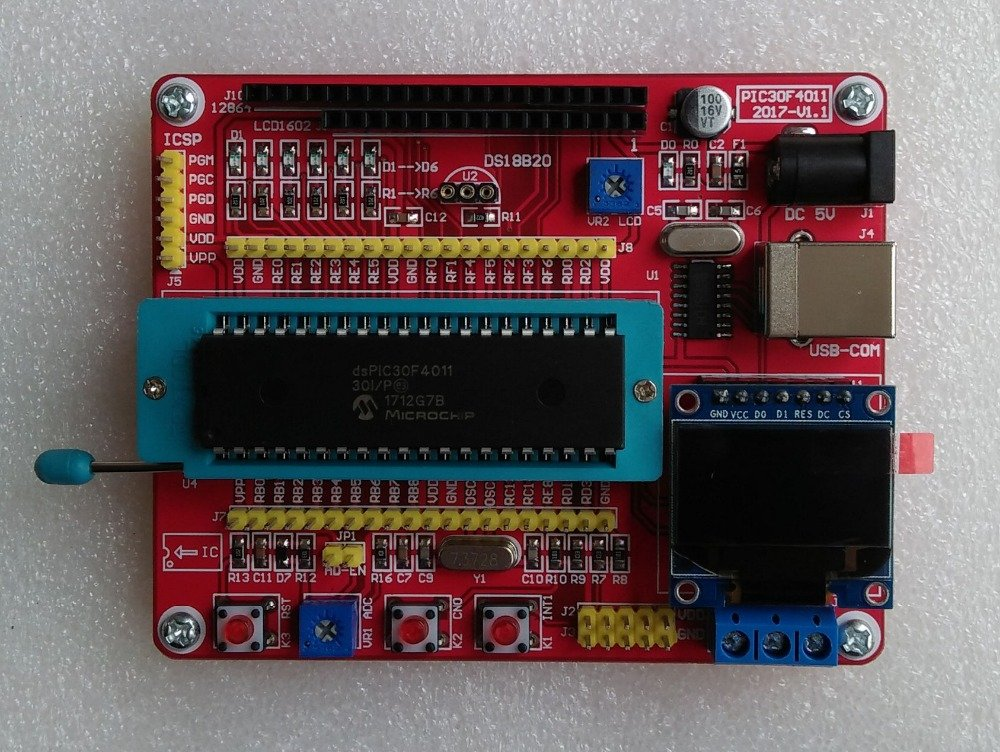 DsPIC 30F4011 Development Board